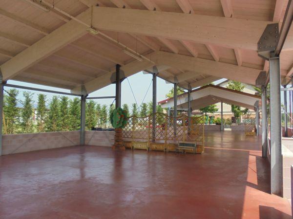 Lo spazio della serra che verrà dedicato all'area / gioco bimbi per una festa di Matrimonio.