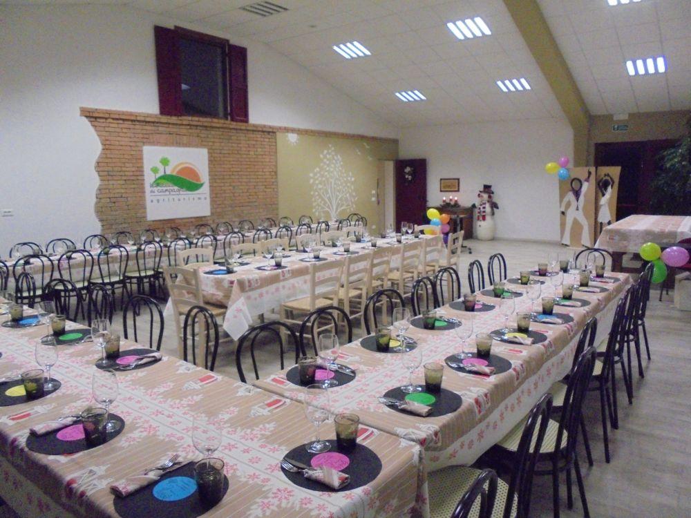 Cena di Natale per 80 assistenti sociali