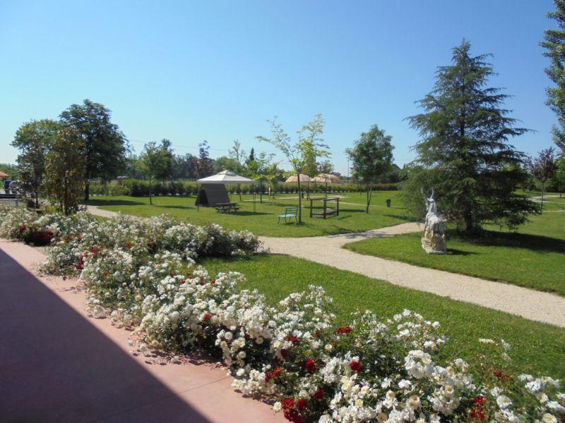 E per finire una bella visita guidata al nostro parco, nel pieno delle fioriture di maggio !